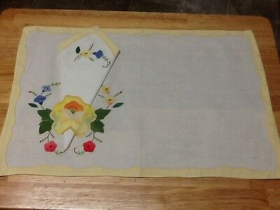 Vintage Placemats & Napkins W/ EMBROIDERED Appliqués Hand Made