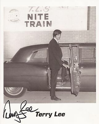 SIGNED 8X10 of PITTSBURGH WMCK RADIO DJ TERRY LEE - MUSIC FOR YOUNG LOVERS