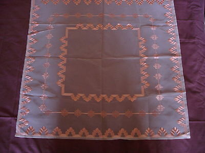 #044  Beautiful Vintage Hand-Embroidered Tablecloth