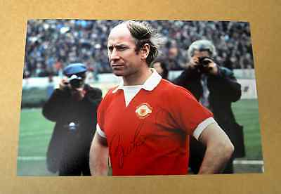SIR BOBBY CHARLTON GENUINE SIGNED AUTOGRAPH 6x4 PHOTO MANCHESTER UNITED + COA