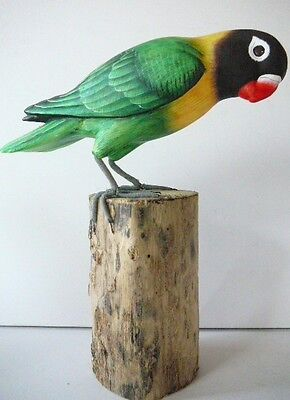 "8""  LOVEBIRD BIRD FIGURINE PERCHED ON LOG ,PARROT,GREEN & YELLOW,WOOD ,SIGNED"