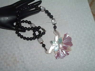 Vintage Hawaiian Oyster Shell And Celluloid Floral Necklace