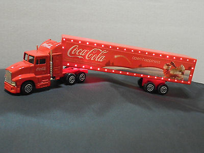 COCA COLA CHRISTMAS  TRUCK CAR Santa Claus with lights 18 cm or 7""