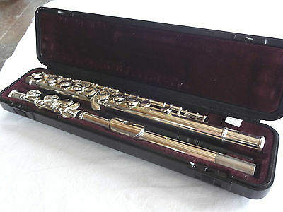 A Cased Yamaha Silver Plate Flute