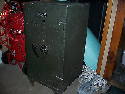 VINTAGE MEILINK'S  SAFE with Working Combination