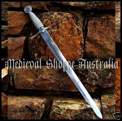 Late 14th Century Dagger with leather scabbard - EN45 steel,