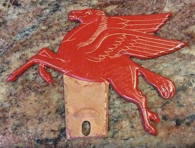 Vintage Mobil Oil Co. Pegasus Horse Auto License Plate Topper 1930's Never Used