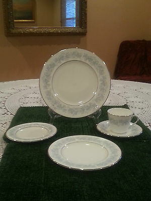 """ROYAL DOULTON MEADOW MIST 6-5/8"""" BREAD AND BUTTER PLATE(S)"""