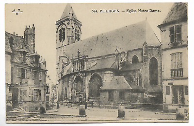 """CPA """" BOURGES - Eglise Notre Dame"""