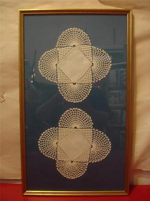 "Beautiful Framed Matching Antique ""Snowflake"" Doilies 25x15 On Blue Matte GD670"