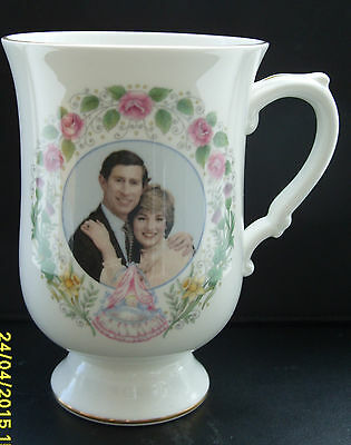 Pretty Crown Staffs mug of Birth of Prince William 1982 -boxed