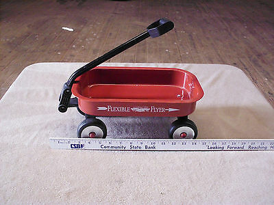 Vintage Flexible Flyer Small Wagon Red