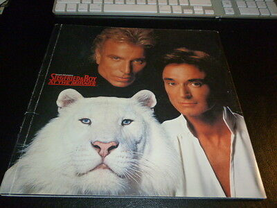 Siegfried & Roy at the Mirage - Magicians of the Century Program Las Vegas