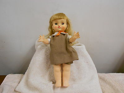"""vintage 1966 Effanbee jointed brownie doll 11"""" high eyes open/close  marked"""