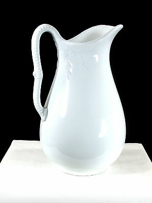 HEAVY WHITE PORCELAIN IRONSTONE CHINA  PITCHER J.&G. MEAKIN HANLEY ENGLAND chp
