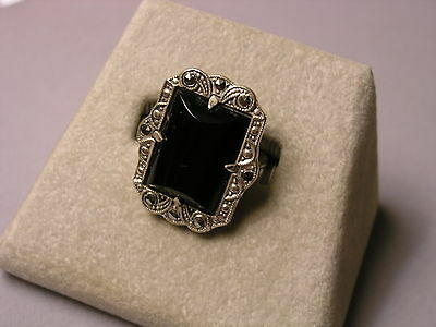 Vintage Art Deco Rectangular Sterling Silver Onyx & Marcasite Ring - Size 6