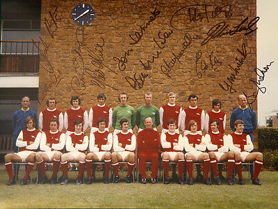 Arsenal 1971 Team Group 12x16 Photograph Signed By 12 Players