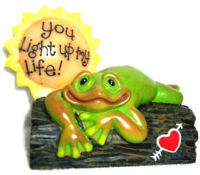 Second Nature- 2005 You Light Up My Life Frog Figurine