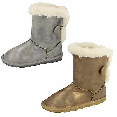 Wholesale Girls Boots 18 Pairs Sizes 8-2  H4101