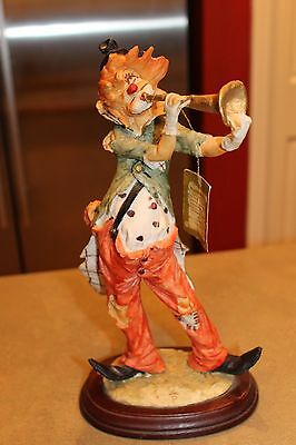 "VINTAGE Capodimonte Italy CLOWN PLAYING HORN 12"" TALL *GREAT CONDITION*"