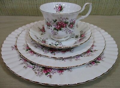 "Royal Albert ""Lavender Rose"" 5 Pieces Place Setting Dinner Salad Plates England"