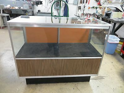 4 foot Lighted Showcase Display