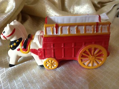 Vtg INARCO Japan E-4089 Red firetruck pulled by Horses ceramic Pottery Planter