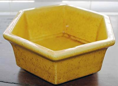 VINTAGE HAEGER 4003 USA YELLOW CERAMIC POTTERY BOWL DISH SIX SIDED