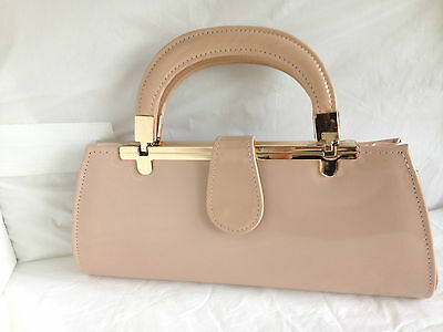 New Nude Beige Faux  Patent Leather  Evening Day Clutch Bag Top Handle Vintage