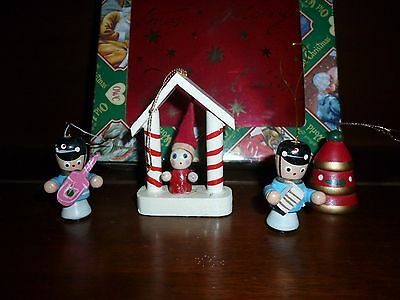 VINTAGE TINY FEATHER TREE WOODEN CHRISTMAS ORNAMENTS LOT OF 4~ TOY SOLDIER SANTA