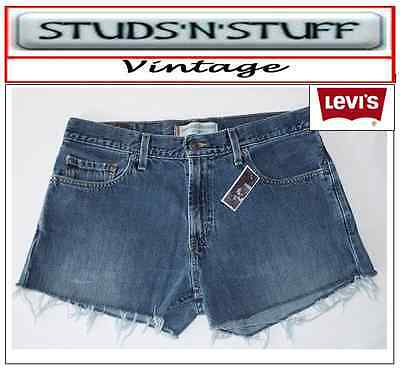 """Levis  Vintage Womens 529'S Mid Waisted Shorts Size 32"""" Aprox Size 12  (A32 )"""