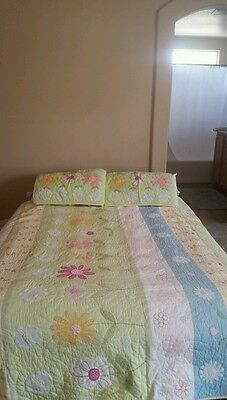 Pottery Barn Kids Full/Queen Quilt &  2 Shams GREEN PINK  MULTICOLOR  *FREE SHIP
