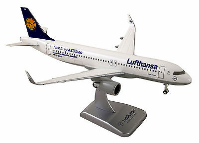 Lufthansa Airbus A320neo 1:200 LIMOX Wings LH38 Flugzeugmodell A320 neo Fahrwerk