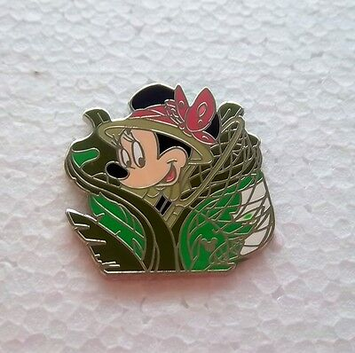 *~*DISNEY DLR CAST LANYARD COLLECTION BUTTERFLY CATCHER MINNIE HM PIN*~*