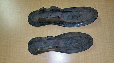VINTAGE ANTIQUE 2 CAST IRON SHOE MAKERS, NUMBERED