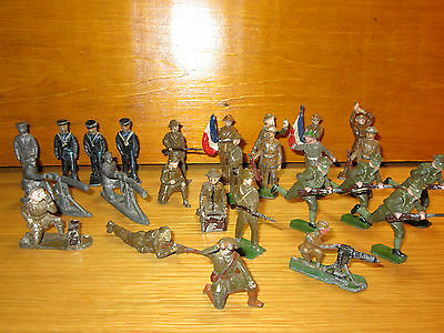 3FP LOT OF 26 VINTAGE LEAD MILITARY FIG.  ALL PRE WORLD WAR I BRITIANS,CHAD VALL
