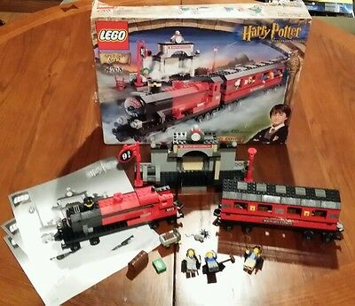 LEGO Harry Potter Hogwarts Express Train (4708) 90%+ complete! free shipping!