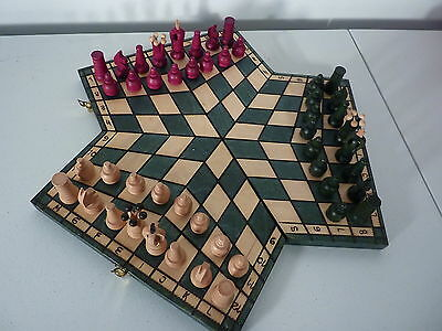 Unique 3 Three Man Chess Set Board Game By Jerzy Luberda Green Red White LOOK!