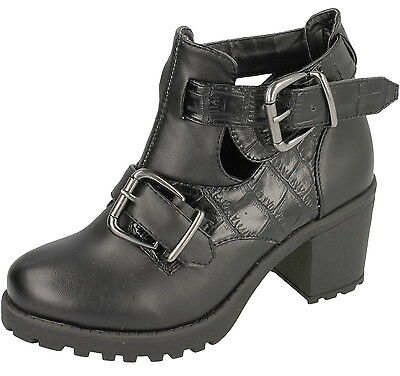 Wholesale Girls Boots 16 Pairs Sizes 12-5  H3031