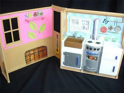Dollhouse Kitchen Fold Out Diorama Doll Furniture fits Barbie My Scene EXCELLENT
