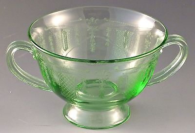 Fostoria Beverly Green Etched Footed Bouillon Cup Elegant Depression Glass VTG