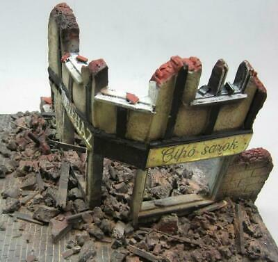 1/35 Scale - WW2 Ruined Shop Front Diorama - Military model kit
