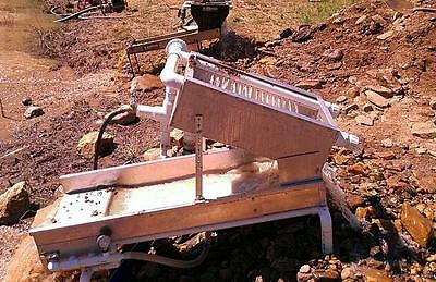 Placer Gold Panning Paydirt / High Banker Sluice Box Dredge