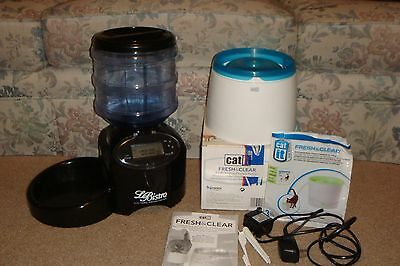 Le Bistro Automatic Feeder and Catit Fresh & Clear Water Fountain USED