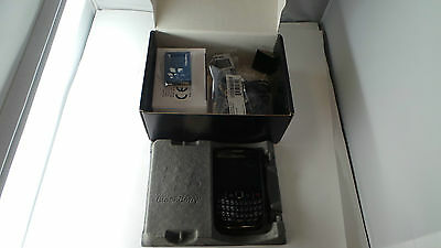 BlackBerry Curve 8520 - Black. In Box (Unlocked) Smartphone Free Shipping (T17)