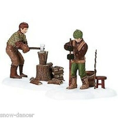 A DAY AT THE CABIN #56642 SET OF 2  DEPT. 56 NEW ENGLAND VILLAGE D56 NEV