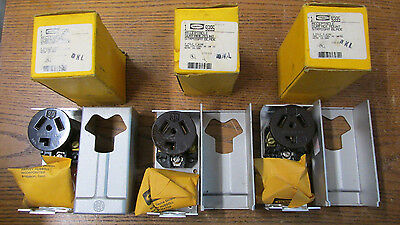 NEW NOS LOT OF 3 Hubbell 9395 Receptacle 3 Pole 3 Wire 30A 125/250V AC/DC