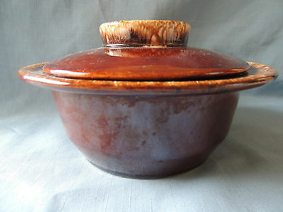 HULL Brown Drip 1 qt. Round Covered Casserole Dish-Perfect Condition!
