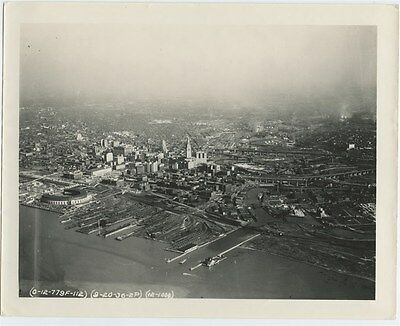 ORIGINAL 1936 CITY OF CLEVELAND OHIO AERIAL PHOTO ~ GREAT DETAIL PHOTO