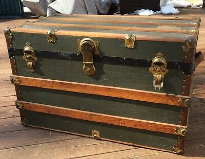ANTIQUE STEAMER TRUNK  VTG CANVAS AND WOOD